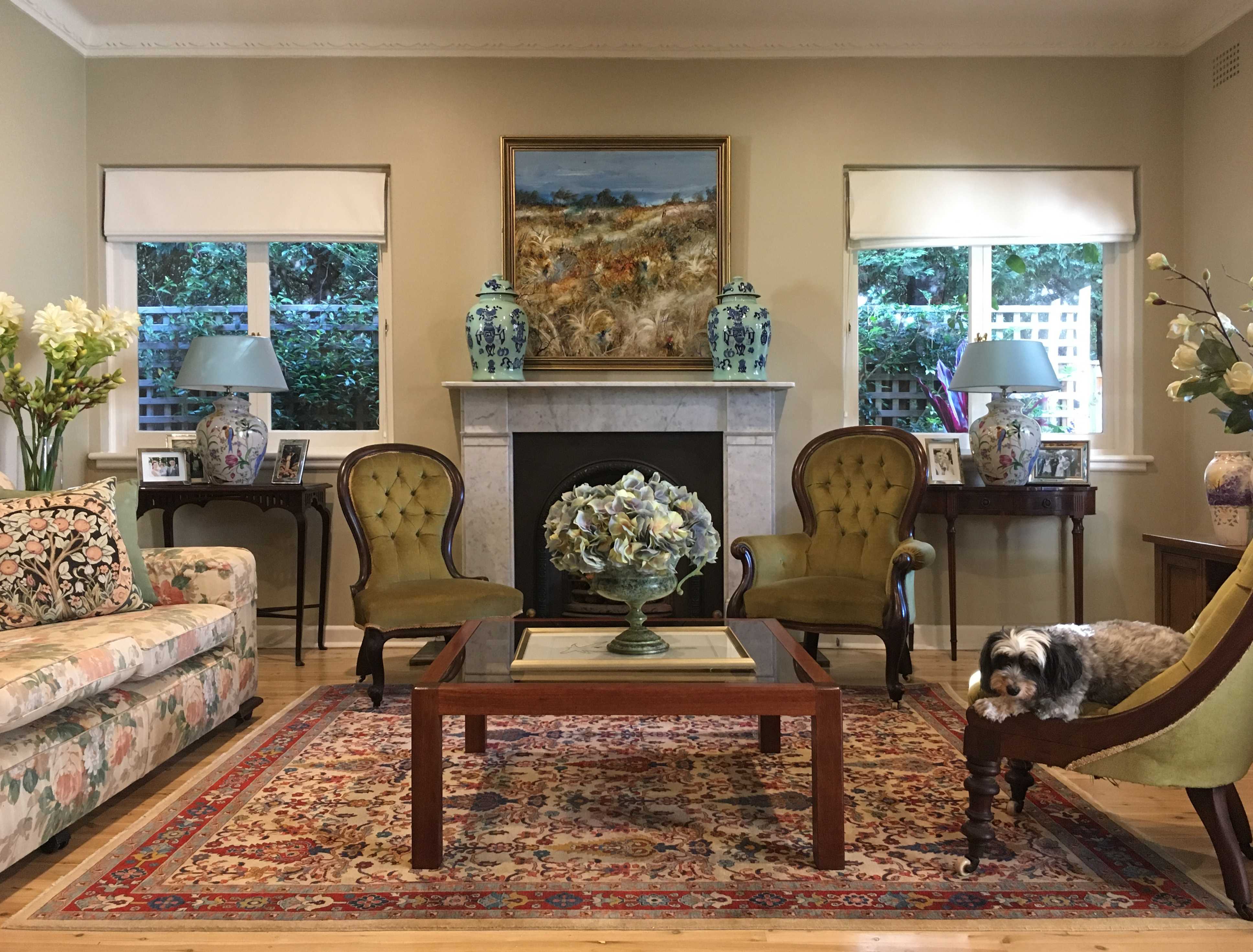 hunters hill antique english australian american georgian victorian colonial persian rug cadrys elegan sitting room roman blinds porcelain lamps xavier hinde interiors interior design